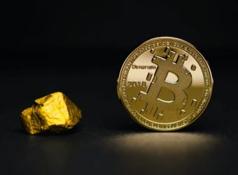 Currency and gold