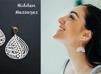 A women wearing ear rings